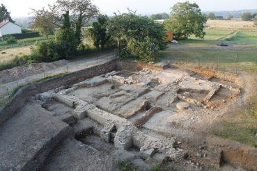 Découverte d'un exceptionnel service à vin sur un site gallo-romain