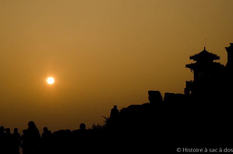Découverte de tombes et vestiges archéologiques dans le nord de la Chine