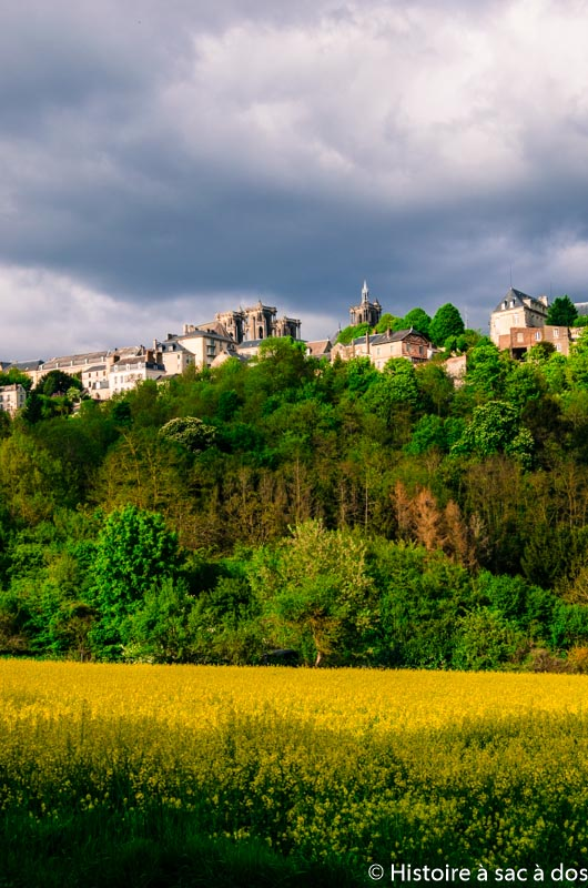 Vue de Laon depuis la cuve Saint-Vincent