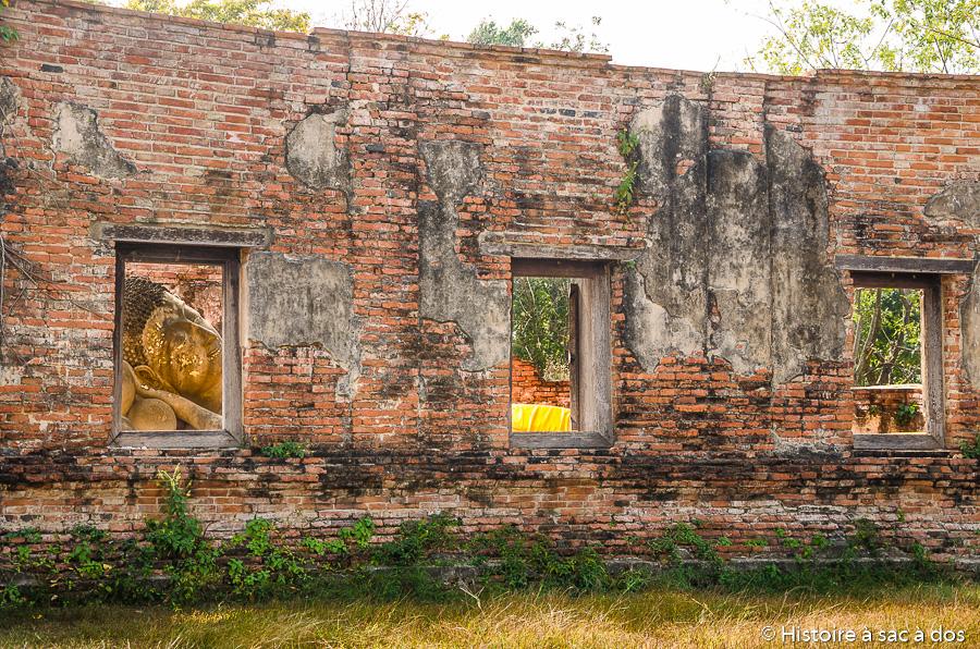 Le Wat Putthaisawan et son bouddha couché