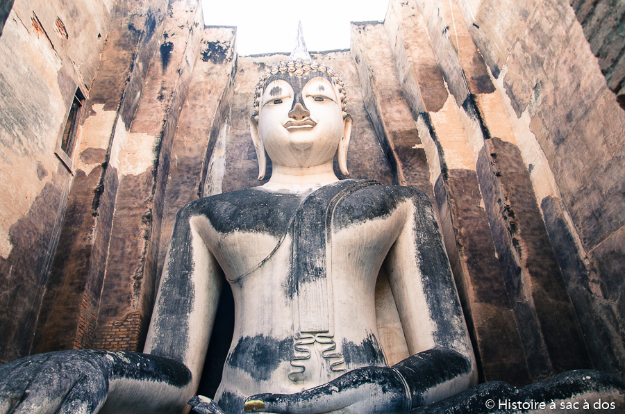 Wat Sri Chum - Bouddha du XIVème siècle