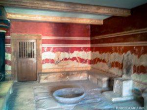 Salle du trône du Palais de Cnossos