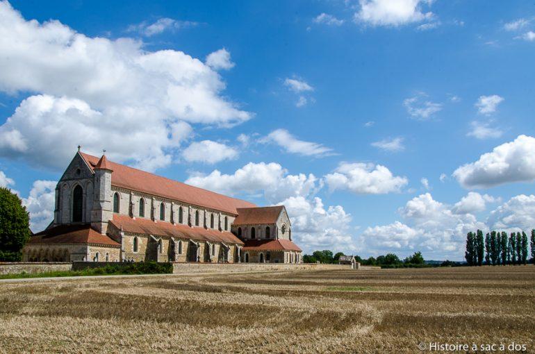Thomas Becket réfugié à Pontigny avant d'être assassiné