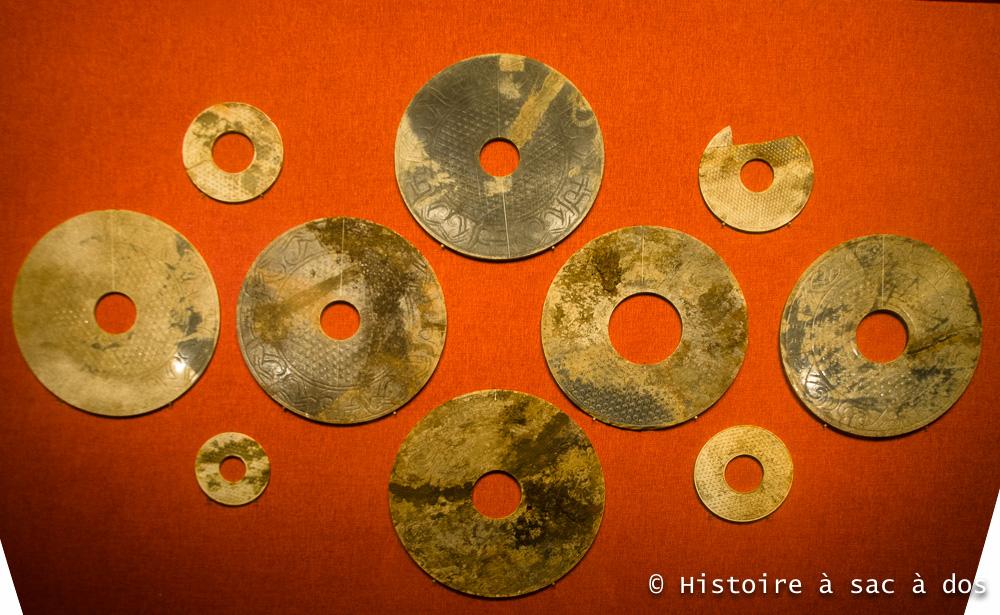 "Disques de jade (""Bi"" en mandarin) - Tombe du roi Zhao Mo - Canton - Chine"