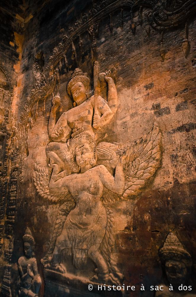 Vishnu chevauchant un garuda, Prasat Kravan - Angkor
