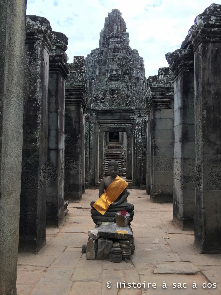 Bouddha assis - Bayon - Angkor Thom