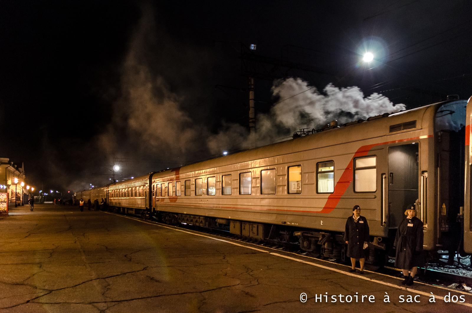 Transsibérien - Station d'Oulan-Ude, capitale de la Bouriatie en Sibérie Orientale.