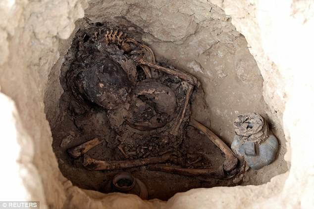 Tombe inca découverte sur le site archéologique de Tucume au Pérou - Reuter/Guadalupe Pardo