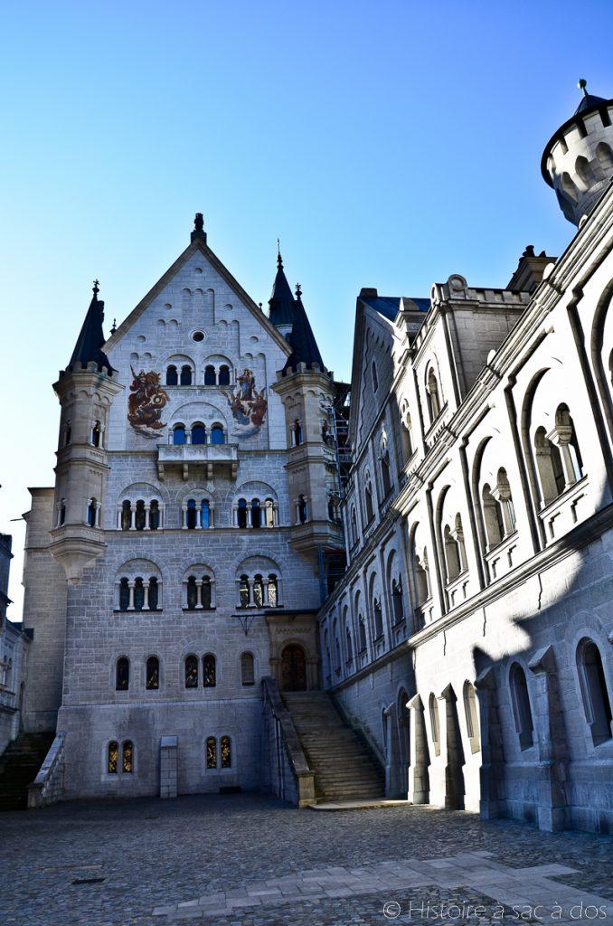 Cour du château de Neuschwanstein