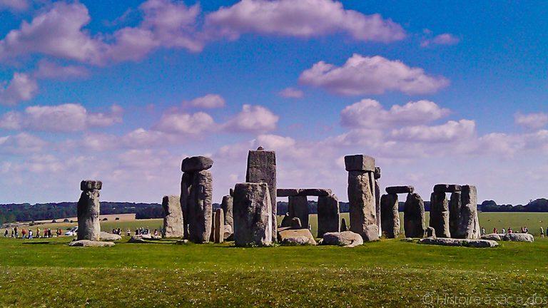 Site de Stonehenge dans la plaine de Salisbury