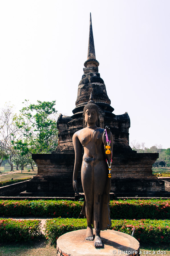 Bouddha en marche de Sukhothai