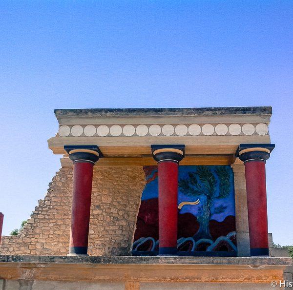 Fresque du taureau au palais de Cnossos