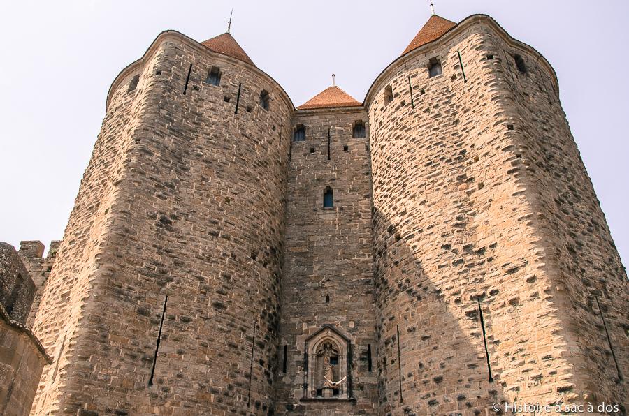 Porte narbonnaise du XIIIème siècle, édifiée sous le roi Philippe le Hardi