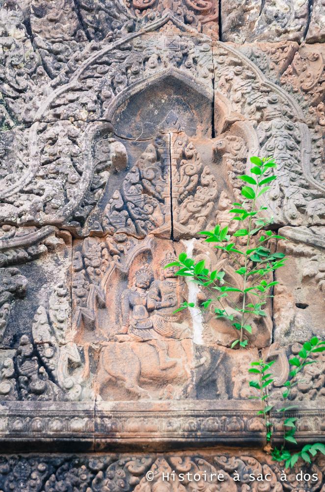 Shiva et son épouse Parvati chevauchant le taureau Nandin - Wat Phu, Laos