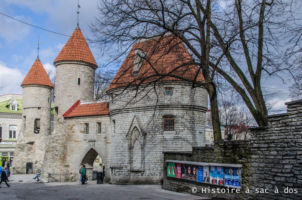 Murs d'enceinte de la ville médiévale de Tallinn