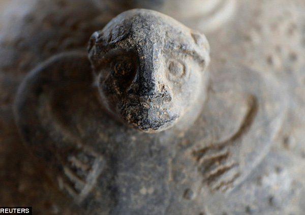 Potterie découverte sur le site archéologique de Tucume au Pérou - Reuter/Guadalupe Pardo