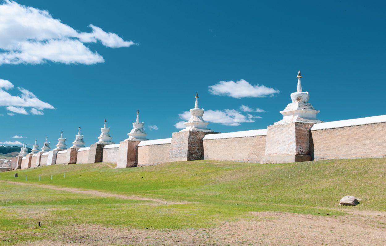 Monastère Erdene Zuu construit près de ruines de Karakorum en Mongolie
